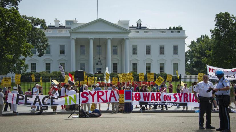 Вашингтон: США начнут передавать комплекты химзащиты избранным силам сирийской оппозиции