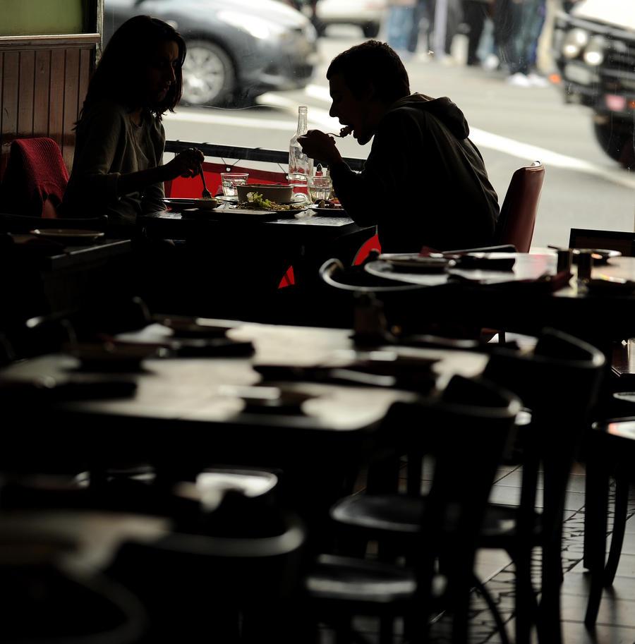 Новое поколение виртуальных знакомств, или dinner-party: люди встречаются, чтобы вкусно поесть и поговорить