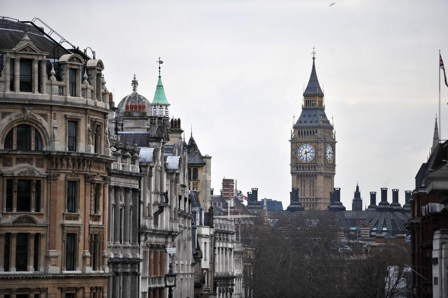 СМИ: Россияне стали меньше инвестировать в зарубежную недвижимость