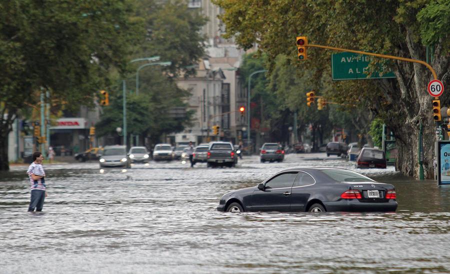 В наводнении в Аргентине погибли как минимум 46 человек