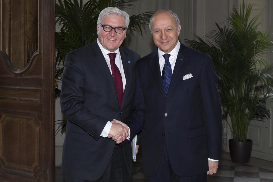 Главы МИД Франции, Германии и Польши предложили Виктору Януковичу сократить срок его полномочий