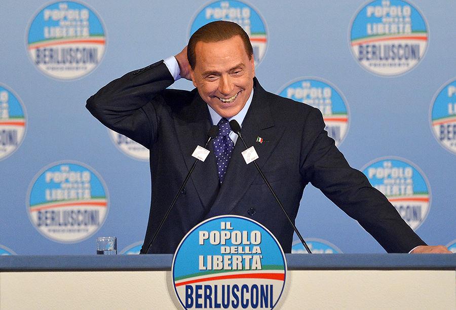 Италия ополчилась на Берлускони за похвалу Муссолини