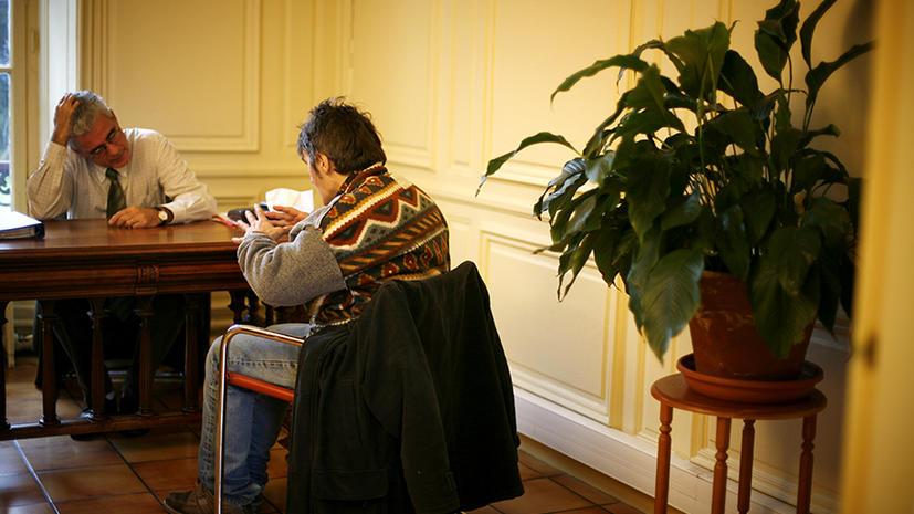 Психиатра во Франции осудили за преступление его пациента