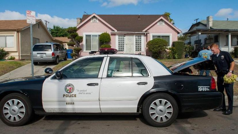 Страх и ненависть в Санта-Барбаре: от пуль стрелка-автомобилиста пострадали 14 человек