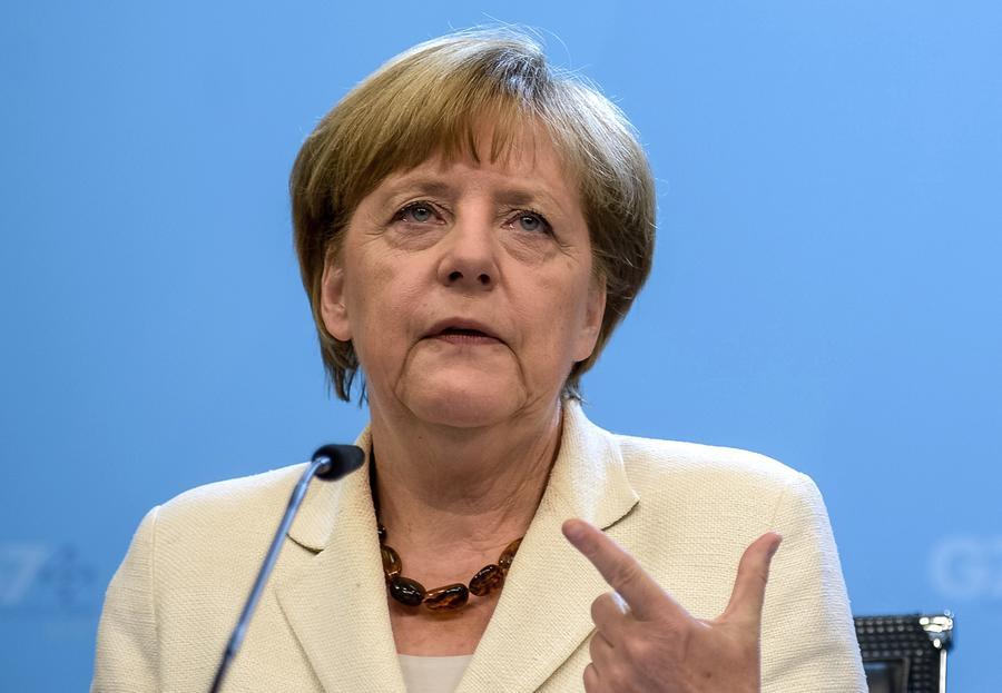 Власти ФРГ: Экономика достаточно сильна, чтобы выдержать выход Греции из еврозоны