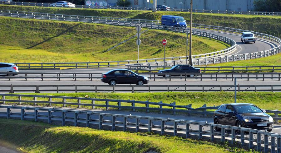 В центре Москвы скорость понизят, а на МКАД предлагают разгоняться до 110 км/ч