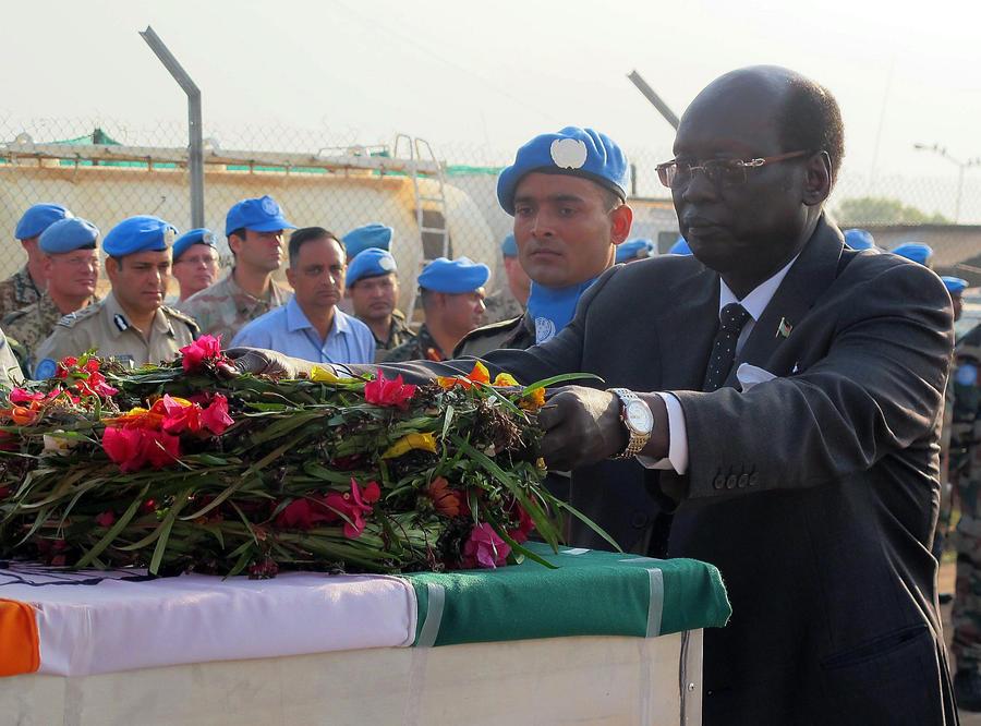 Совбез ООН увеличил почти вдвое численность миротворцев в Южном Судане