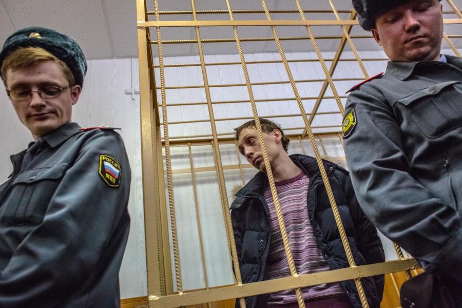 Артисты Большого театра вступились за солиста Павла Дмитриченко