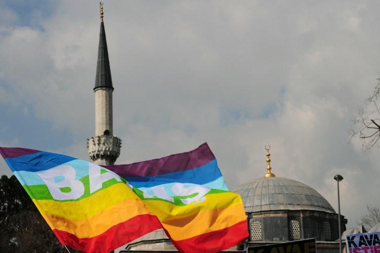 Французский мусульманин собирается открыть первую в мире мечеть для геев