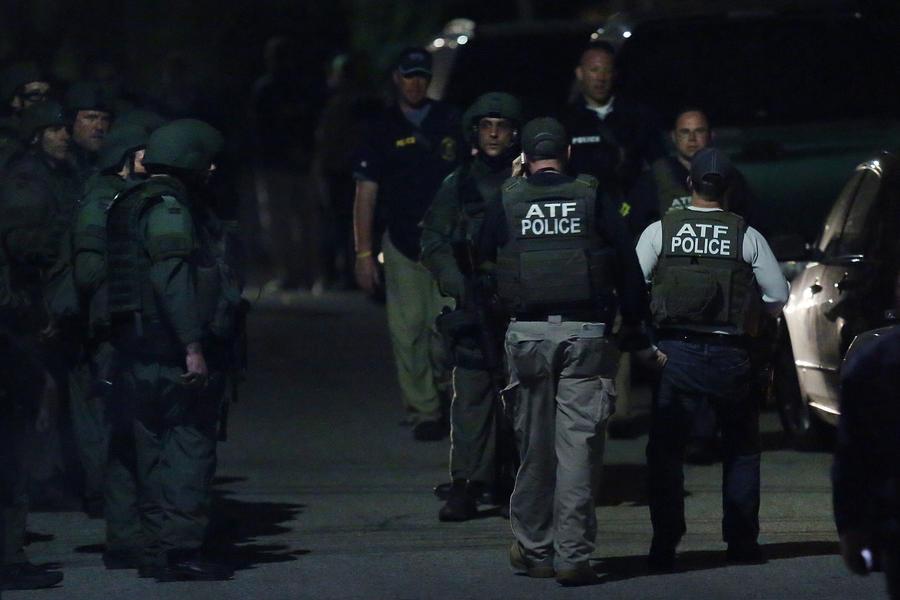 Американские полицейские подстрелили коллегу во время охоты на братьев Царнаевых