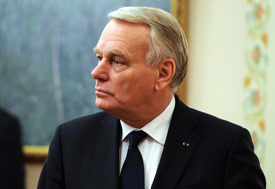 Премьер-министр Франции заявил о необходимости переговоров между ЕС и Россией по урегулированию ситуации на Украине