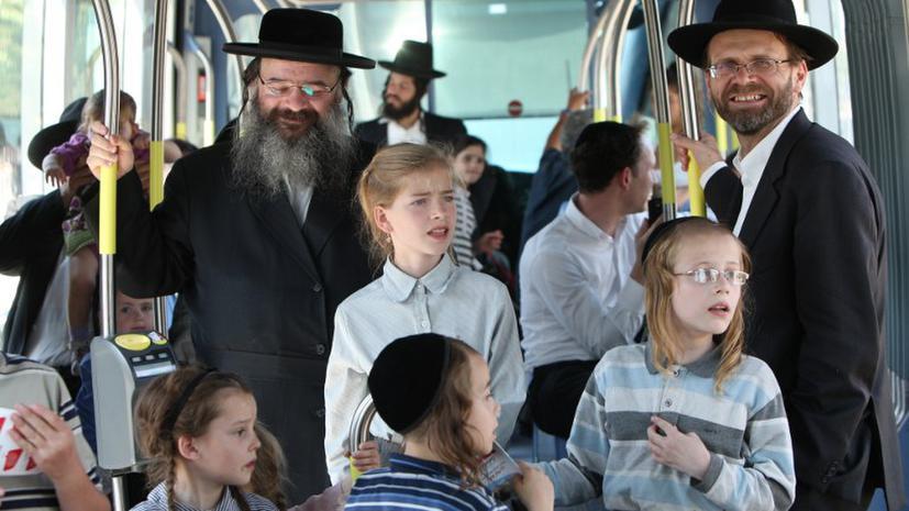 Израильтяне запрещают палестинцам ездить в автобусах
