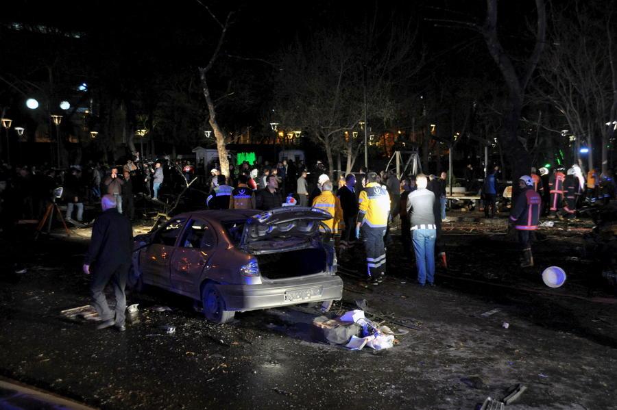 Эксперт: Есть две версии касательно организаторов теракта в Анкаре
