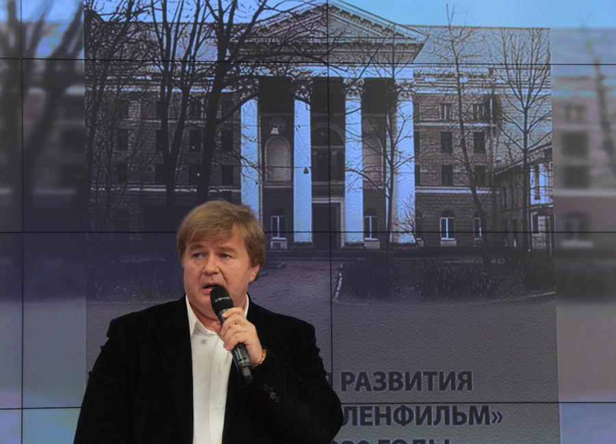Продюсер Андрей Сигле на ММКФ: Мы снимаем вымирающее кино - кино, которое говорит со зрителем