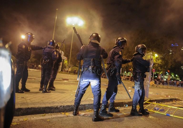 В Испании проходит многотысячная забастовка полицейских