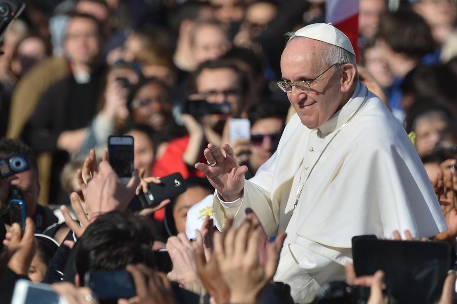 Секретарь Ватикана ‒ Франциску: если вы Папа Римский, то я Наполеон