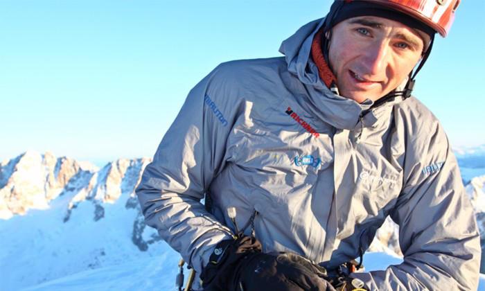 Драка на вершине Эвереста: местные проводники избили знаменитых европейских альпинистов