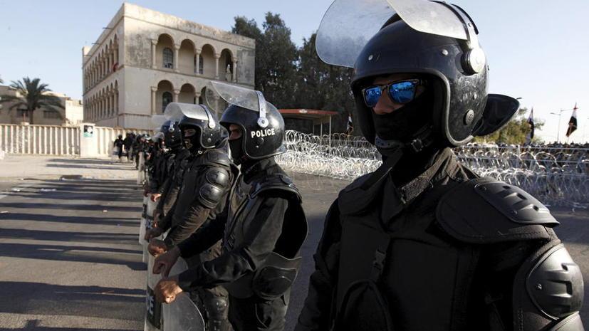 Неизвестные захватили до 75 заложников в торговом центре в Багдаде, сообщается о десяти погибших