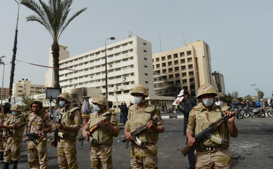 Полиция Египта отказалась защищать дом президента Мурси