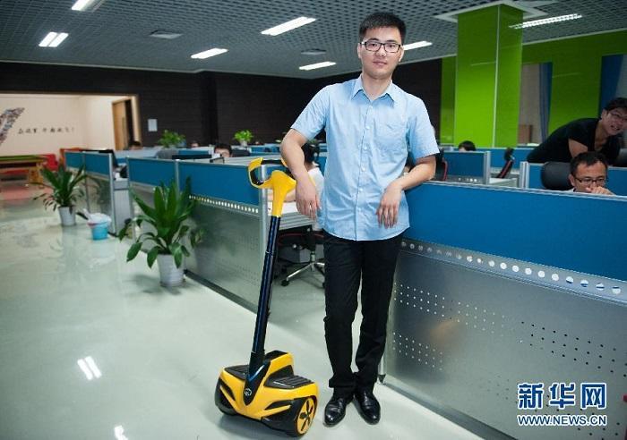 Чжоу Вэй: мчаться за мечтой на сегвее