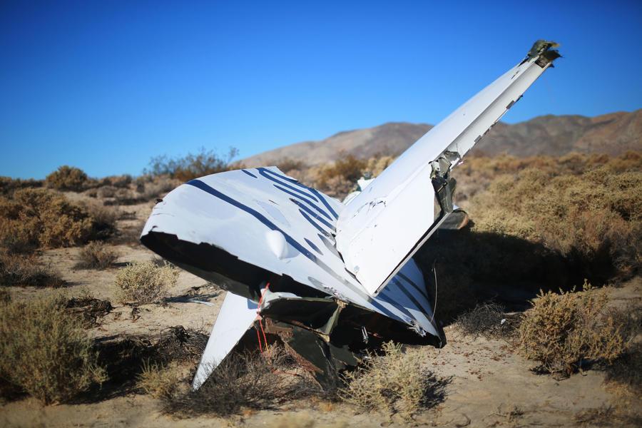 Выживший после падения с 14-километровой высоты лётчик рассказал о причинах катастрофы SpaceShipTwo