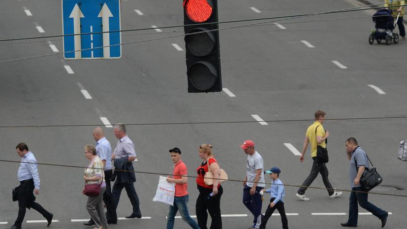 Госдума может ужесточить наказание за проезд на красный свет