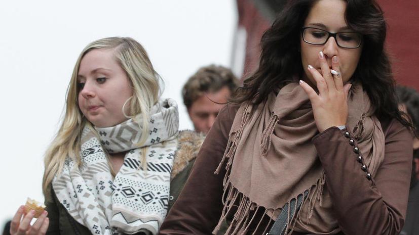 В Москве появятся уличные курилки