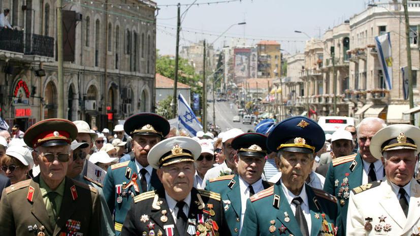 Депутат Михаил Дегтярёв предлагает отменить пенсии для эмигрировавших россиян