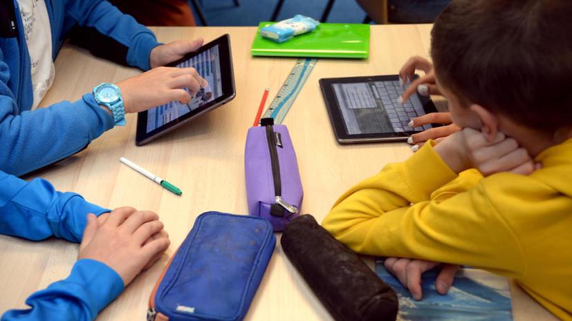 Ученики нью-йоркской школы будут использовать iPad вместо тетрадей и учебников