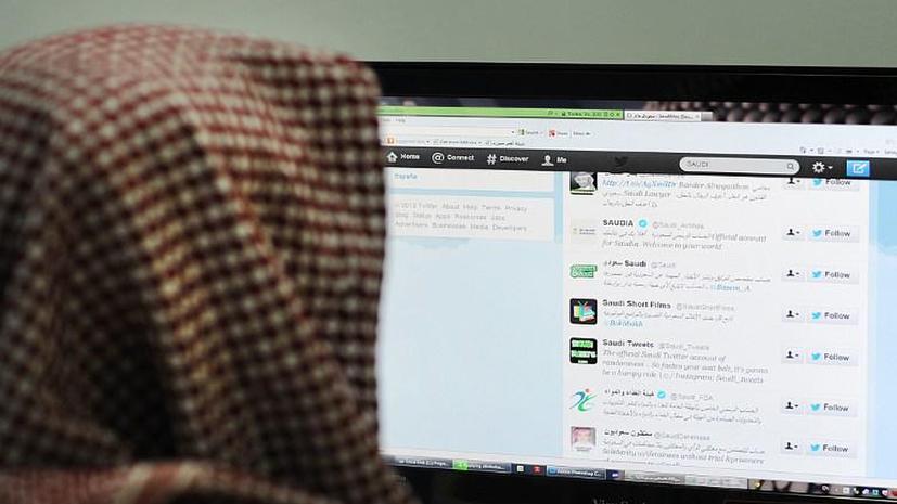 Шейх из Саудовской Аравии назвал интернет переписку между мужчиной и женщиной страшным грехом