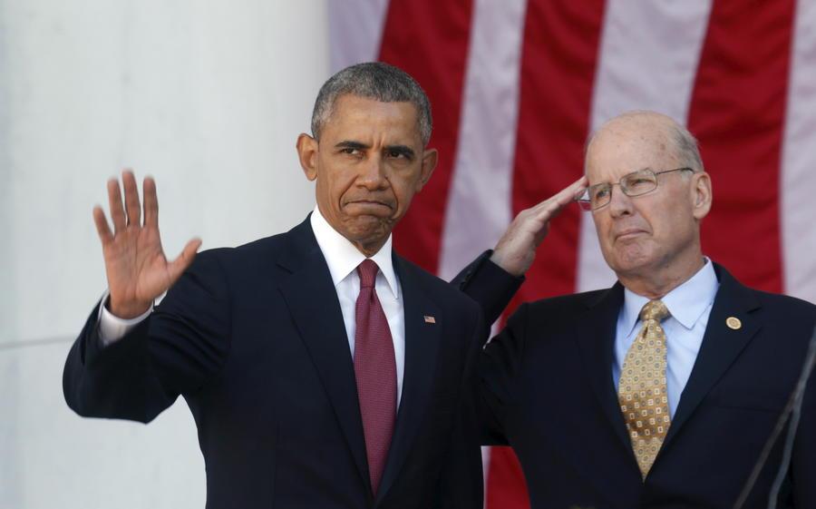 Обама утвердил оборонный бюджет США, продлевающий срок работы тюрьмы Гуантанамо