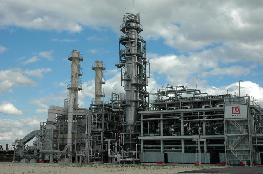 Румынские власти собираются национализировать нефтеперерабатывающий завод «ЛУКОЙЛа»