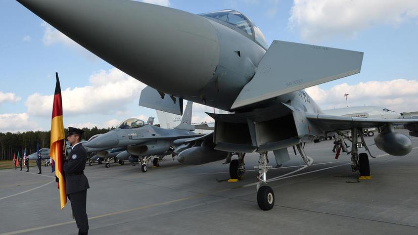 Минобороны РФ: НАТО учит польских лётчиков использовать ядерное оружие