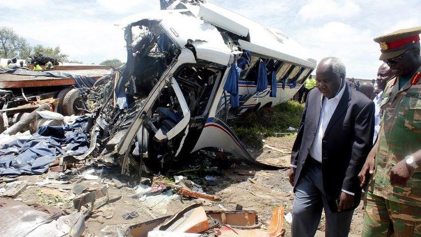 В Замбии автобус столкнулся с грузовиком, погибли 53 человека