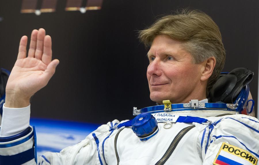Мировой рекорд: космонавт Геннадий Падалка провёл в космосе более двух лет