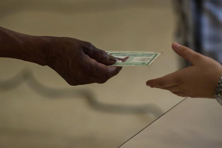 Американскую школьницу, отказавшуюся носить ID-карту, восстановят в правах