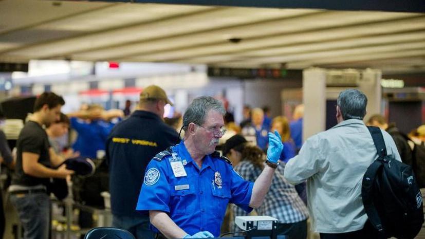 В США охранники в аэропорту пропустили мужчину с макетом взрывчатки