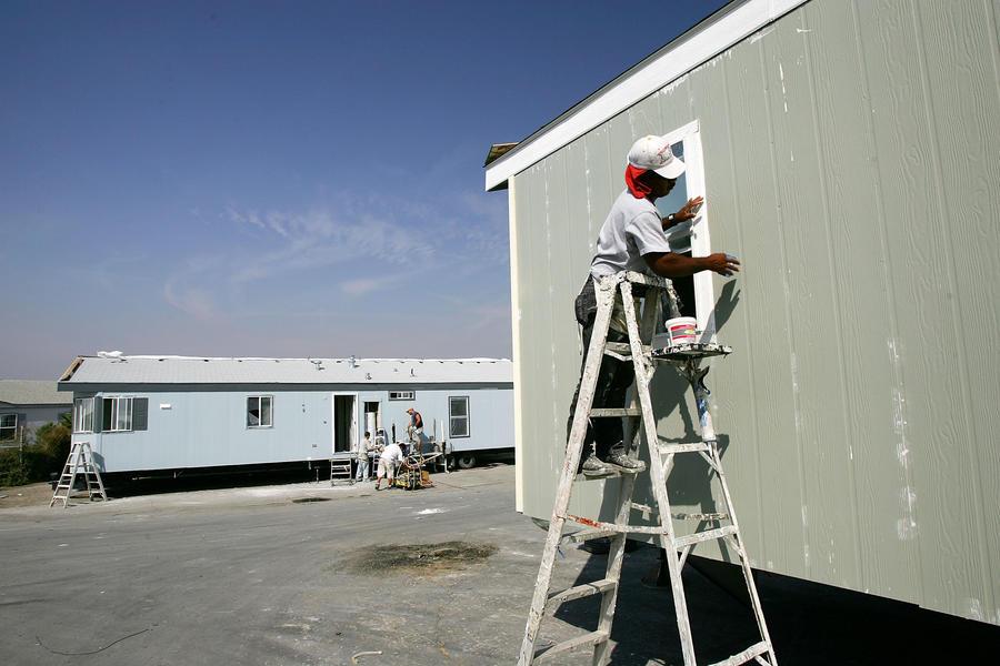 Жертвы урагана «Катрина» отказываются подчиняться властям