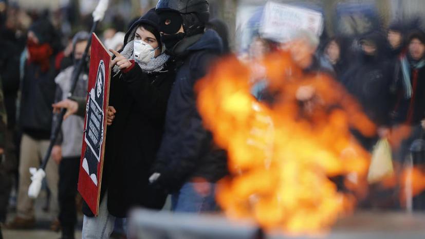 Французские силы правопорядка разогнали демонстрации против полицейского насилия в Нанте и Тулузе