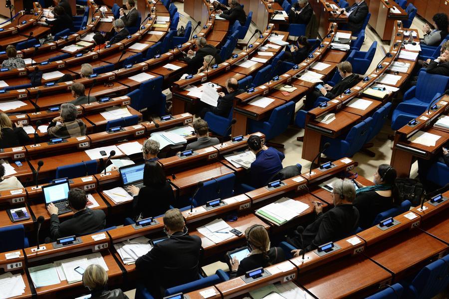 Российские политики: ПАСЕ поставила себя на одну сторону с теми, кто бомбит мирные города Донбасса