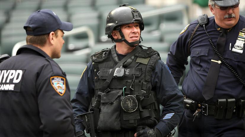В Нью-Йорке после взрыва в Бостоне взяты под охрану отели и многолюдные места