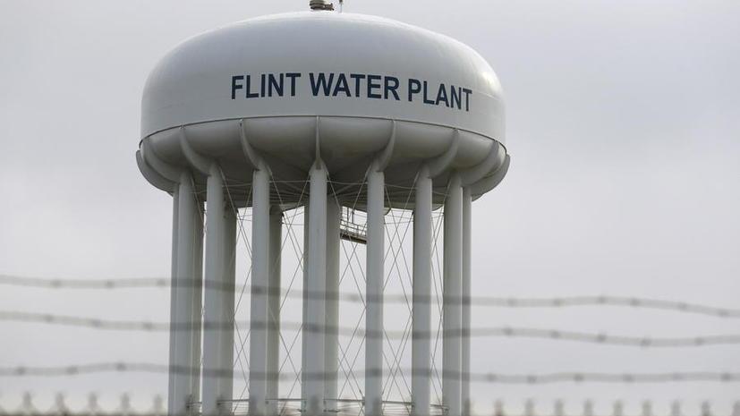 Fitch: Власти США потратят $300 млрд на устранение последствий скандала с ядовитой водой