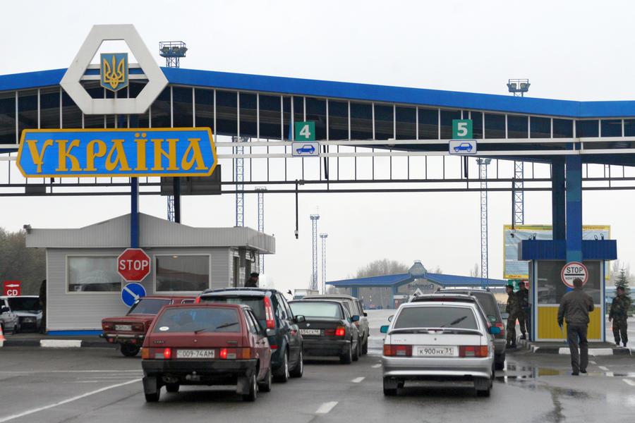 Украина ввела ограничения на срок пребывания россиян на своей территории