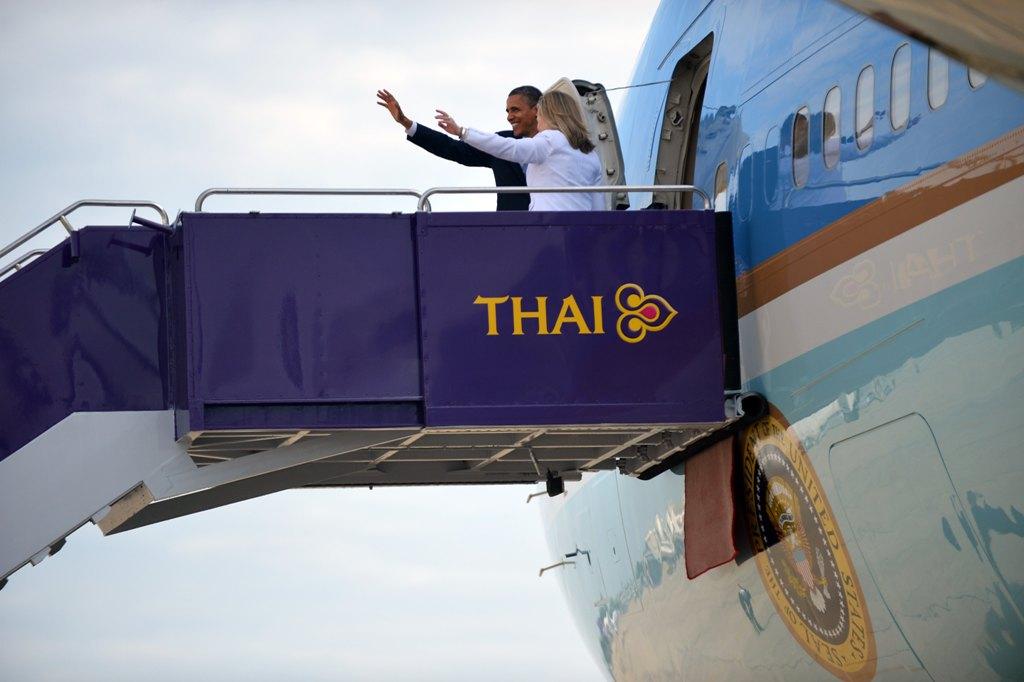 Барак Обама привез в Мьянму $170 млн