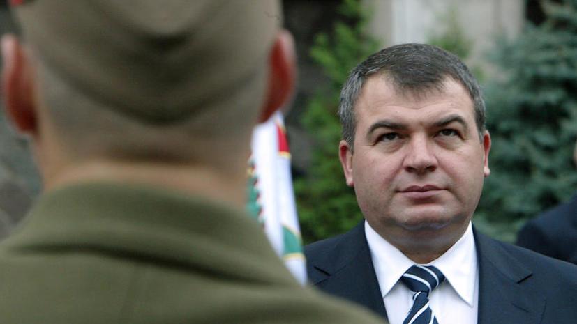 Миллионные траты Сердюков объяснил заботой об отдыхе бойцов ПВО