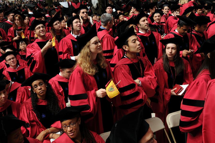 На Гарвардский университет подали в суд за дискриминацию по расовому признаку