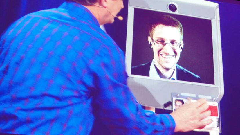 Американцы требуют прекратить преследование Сноудена