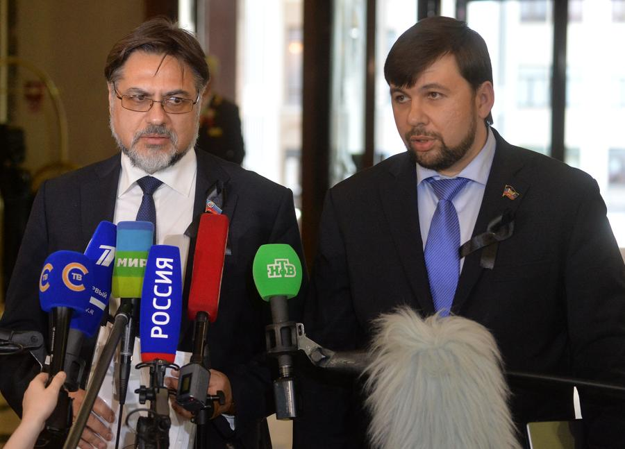 ЛНР и ДНР: Киев не ставил на обсуждение новые предложения по внесению изменений в Конституцию