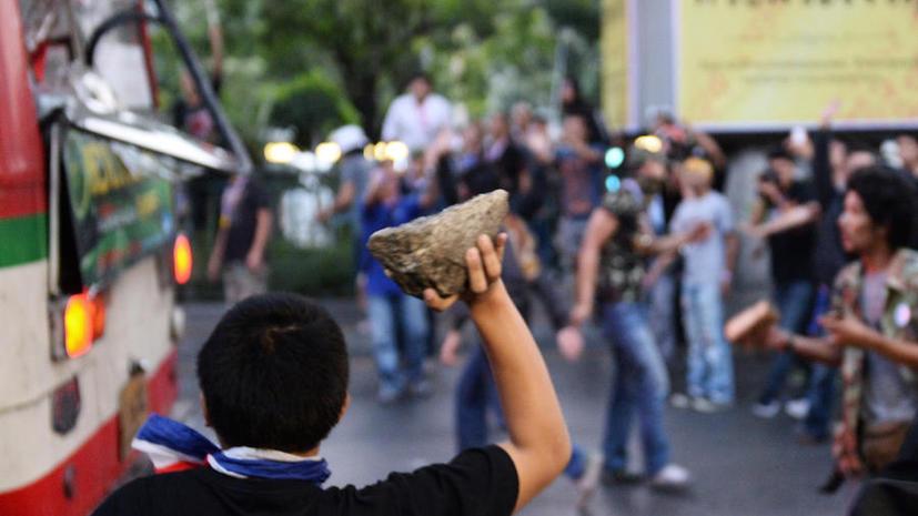 При разгоне демонстрации в Таиланде убиты 2 студента, 35 человек ранены