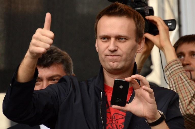 Путину невыгодно превращать Навального в «мученика» – американские СМИ